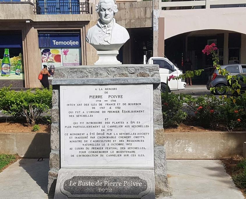 Pierre Poivre Statue