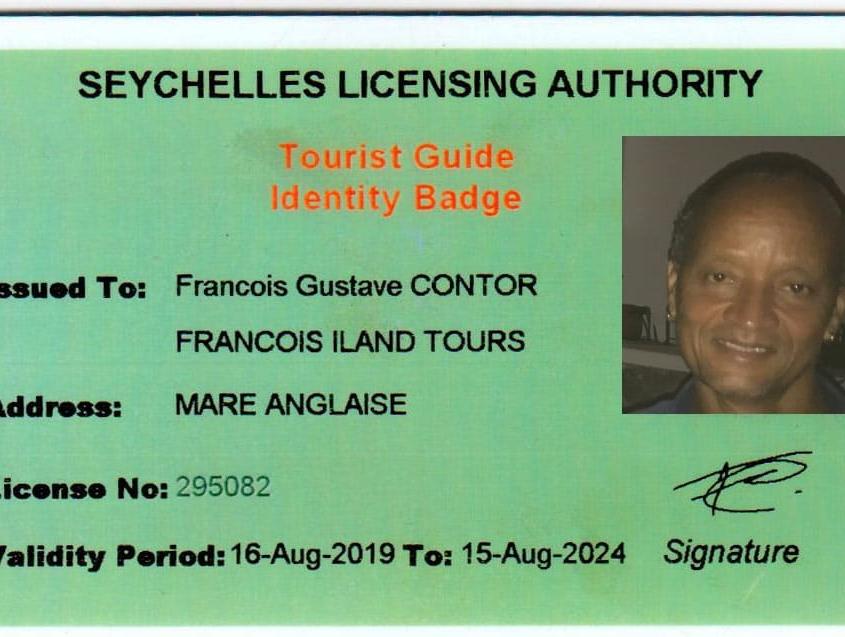 Guider med badge Francois
